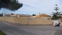 Los Balcones , Corner Villa