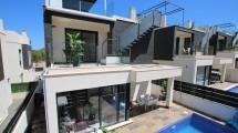 villamartin villa + pool